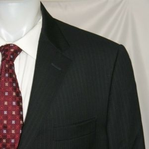 Hickey Freeman Lindsey Two Button Suit 44L